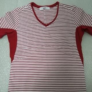アタッチメント(ATTACHIMENT)のVADEL 半袖カットソー サイズ44 レッド(Tシャツ/カットソー(半袖/袖なし))
