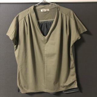 ブージュルード(Bou Jeloud)のカーキ トップス(Tシャツ(半袖/袖なし))