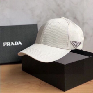 PRADA - PRADA プラダ キャップ 帽子 新品未使用