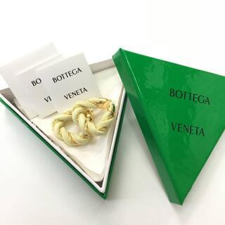 ボッテガヴェネタ(Bottega Veneta)の新品 21SS Bottega veneta レザー ツイストフープ ピアス(ピアス)