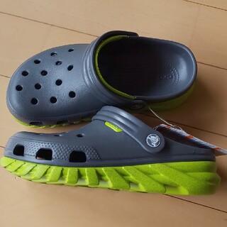 crocs - 週末価格!新品 crocs デュエットマックス 23