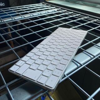 アップル(Apple)のアップル マジックキーボード(PC周辺機器)
