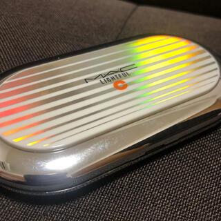 マック(MAC)の【MAC】ライトフル C+ SPF 30 ファンデーション NC20(ファンデーション)