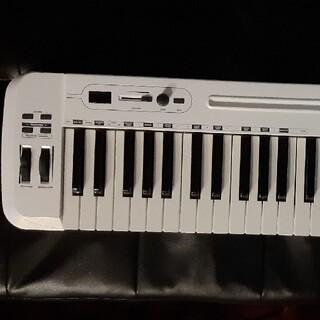 美品SAMSON / Carbon 49 MIDIキーボード MIDIケーブル付(MIDIコントローラー)