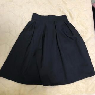 ディーホリック(dholic)の[美品]黒スカート(ひざ丈スカート)