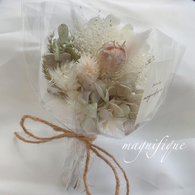 グリーン系 ドライフラワー 花束 ブーケ スワッグ ギフト プリザ ハンドメイドのフラワー/ガーデン(ドライフラワー)の商品写真