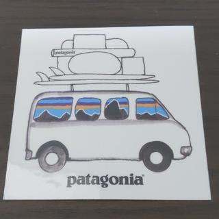 パタゴニア(patagonia)の(縦横7.8cm) patagonia ステッカー ラスト1枚(その他)