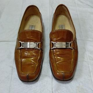 ドルチェアンドガッバーナ(DOLCE&GABBANA)のドルチェ&ガッバーナ レディースエナメル靴(ローファー/革靴)