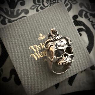 ヴィヴィアンウエストウッド(Vivienne Westwood)の激レア 廃番品 シルバー925  スカル スネーク カエル hyde yasu(リング(指輪))