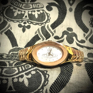 ヴィヴィアンウエストウッド(Vivienne Westwood)の廃番品 アーマーリングウォッチ ゴールド hyde  yasu(腕時計)
