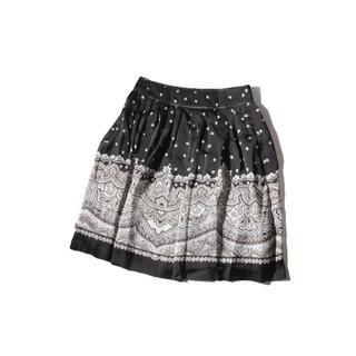 ハロッズ(Harrods)の美品。ハロッズ    ポリエステル    バンダナ柄スカート  サイズ1   (ひざ丈スカート)