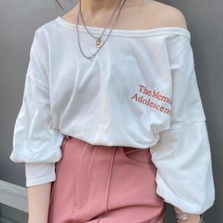 フーズフーチコ(who's who Chico)の胸刺繍5分袖オフショルロンT(Tシャツ(長袖/七分))