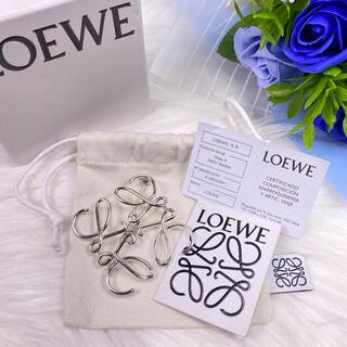 LOEWE - ✨美品✨LOEWE ロエベ ピンブローチ シルバー