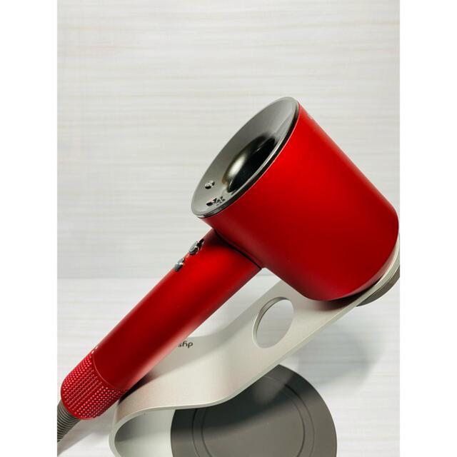 Dyson(ダイソン)の最新モデル ダイソンドライヤー セット品♪ スマホ/家電/カメラの美容/健康(ドライヤー)の商品写真