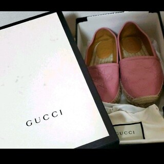 グッチ(Gucci)のGUCCI スリッポン ピンク(スリッポン/モカシン)