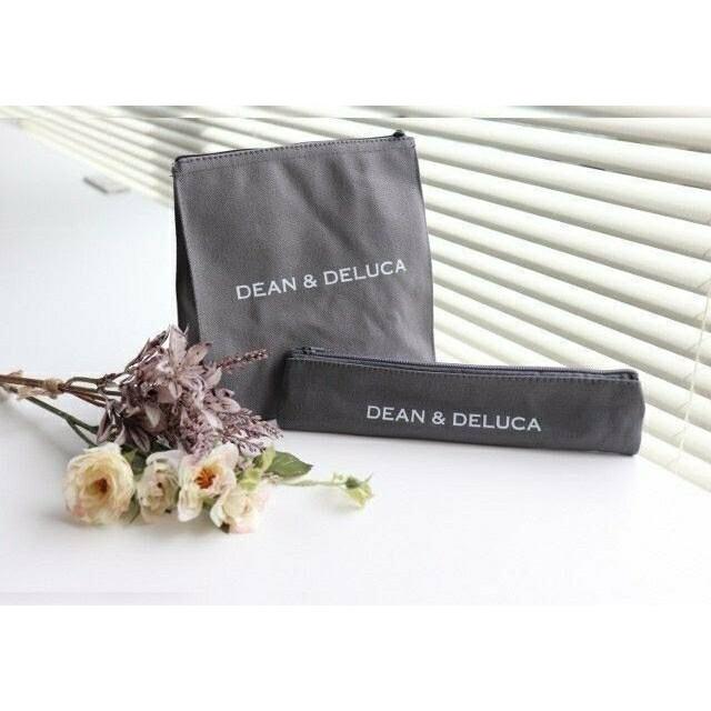 DEAN & DELUCA(ディーンアンドデルーカ)のDEAN&DELUCA ランチバッグ&カトラリーポーチ2個セット 付録 新品 インテリア/住まい/日用品のキッチン/食器(弁当用品)の商品写真