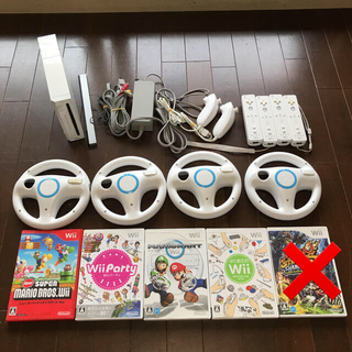 Wii - Wii本体 マリオカート 4人で遊べるセット