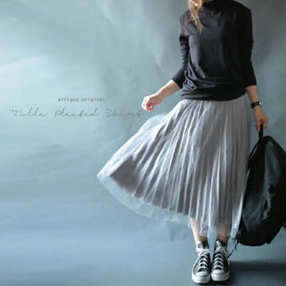 アンティカ(antiqua)のアンティカ チュールプリーツスカート(ひざ丈スカート)