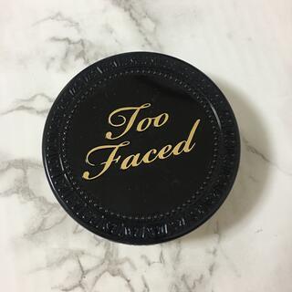 Too Faced - too faced ボーンディスウェイ マルチユース コンプレクションパウダー