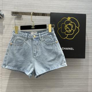 シャネル(CHANEL)のCHANEL ボトムス パンツ ショート ジーンズ CC ロゴ(ショートパンツ)