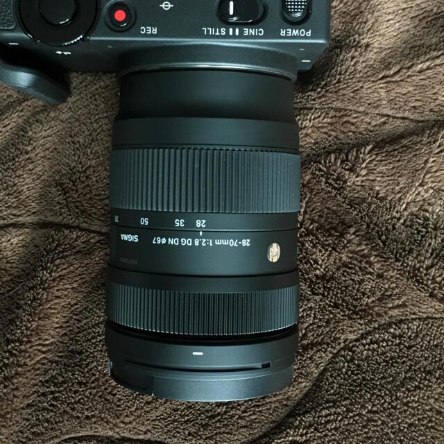 SIGMA(シグマ)のtsSIGMA 28-70mm  F2.8 DG  DN Lマウント スマホ/家電/カメラのカメラ(レンズ(ズーム))の商品写真