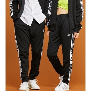 adidas - adidas スーパースター 黒 ブラックトラックパンツ ジャージ 即購入可