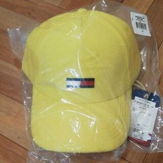 トミー(TOMMY)の未使用品 トミージーンズ キャップ 帽子 フリーサイズ ロゴ入り イエロー(キャップ)