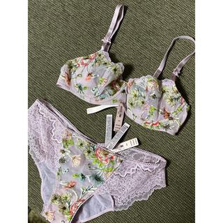 Victoria's Secret - ヴィクトリアシークレット ブラ&ショーツセット