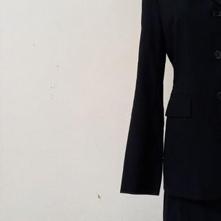 コムサデモード(COMME CA DU MODE)の美品のコムサデモードのシンプルなセットアップスーツ サイズM、9号、COMME (スーツ)