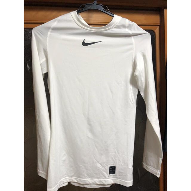 NIKE(ナイキ)のNIKE ナイキ アンダーシャツ スポーツ/アウトドアのランニング(ウェア)の商品写真