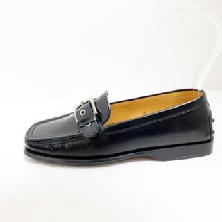 トッズ(TOD'S)のトッズ ローファー 4 レディース美品  - 黒(ローファー/革靴)