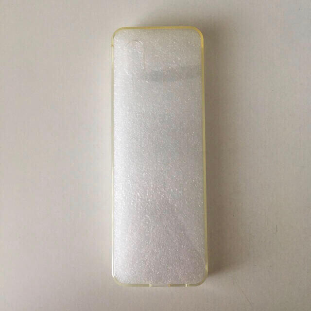 au(エーユー)の【試供品】INFOBAR xv 専用ソフトケース(au 京セラ) スマホ/家電/カメラのスマートフォン/携帯電話(携帯電話本体)の商品写真