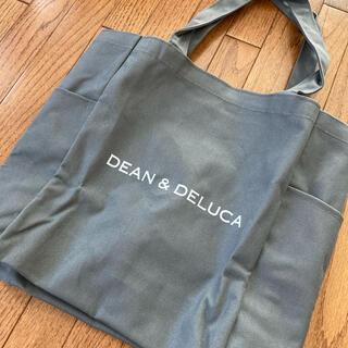 ディーンアンドデルーカ(DEAN & DELUCA)の☆新品 DEAN & DELUCA デリバッグ  グレー(エコバッグ)