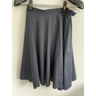 ロペ(ROPE)のロペ 紺 タックスカート(ひざ丈スカート)