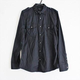 グッチ(Gucci)のグッチ 長袖シャツ サイズ40 M メンズ - 黒(シャツ)