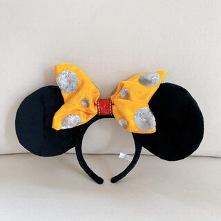 ディズニー(Disney)のミニーちゃんカチューシャ 30周年記念(キャラクターグッズ)
