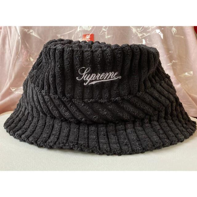 Supreme(シュプリーム)のM/L Supreme Terry Corduroy Crusher Black メンズの帽子(ハット)の商品写真
