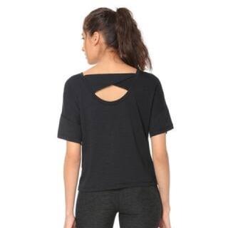 プーマ(PUMA)の新品タグ付き PUMA シャツ トップス 黒 ヨガ ウェア(ヨガ)