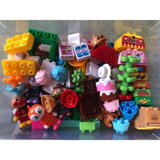 バンダイ(BANDAI)の【ブロックラボ】アンパンマンとみんなのおみせ たっぷりブロックDX(積み木/ブロック)