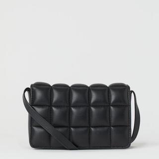 エイチアンドエム(H&M)の今季販売中キルティングミニショルダー☆トゥモローランド、ロンハーマン、ZARA(ショルダーバッグ)