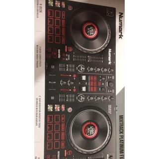 Numark●DJコントローラー●Mixtrack Platinum FX●(DJコントローラー)