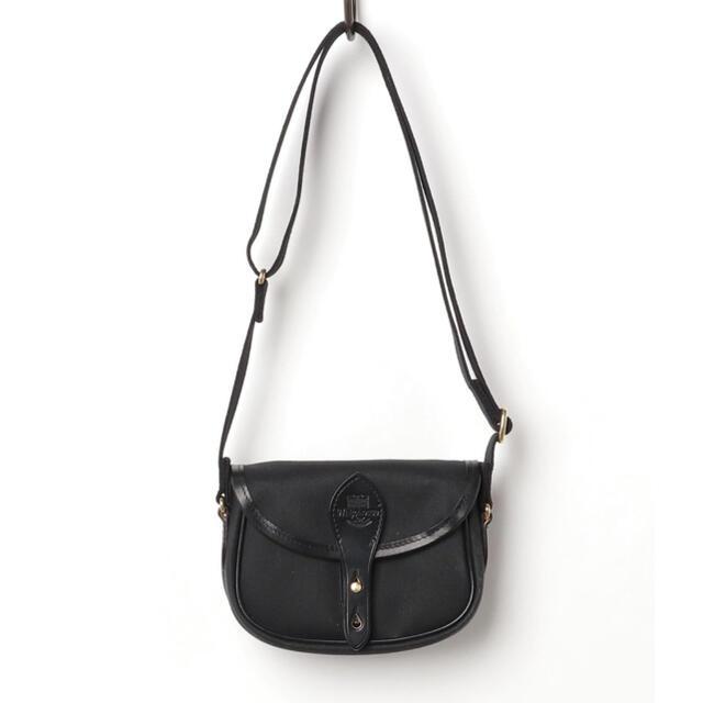 WHITEHOUSE COX(ホワイトハウスコックス)の週末値下げ ホワイトハウスコックス ショルダーバッグ ブラック メンズのバッグ(ショルダーバッグ)の商品写真