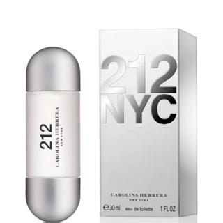 キャロライナヘレナ(CAROLINA HERRERA)の新品未使用 激レア キャロライナヘレナ 212  30ml(香水(女性用))