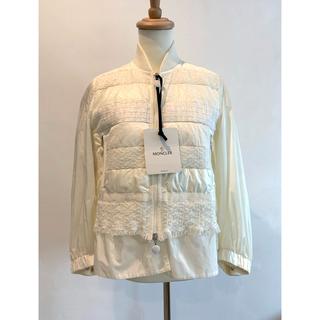 モンクレール(MONCLER)のmoncler GENETS ホワイトジャケット(ブルゾン)