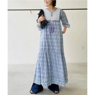 アパルトモンドゥーズィエムクラス(L'Appartement DEUXIEME CLASSE)のタグ付新品⭐️アパルトモン エスゼットブロックプリントCOTTON DRESS(ロングワンピース/マキシワンピース)