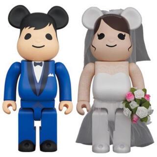 メディコムトイ(MEDICOM TOY)のBE@RBRICK グリーティング結婚 4 PLUS 400%(フィギュア)
