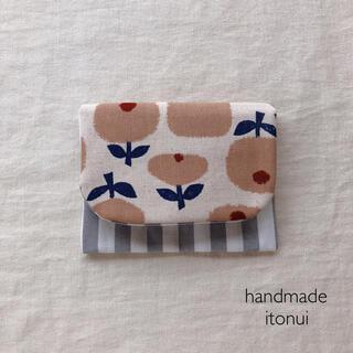 まんまるなお花が可愛いハンドメイドのポケットティッシュケース・移動ポケット(外出用品)