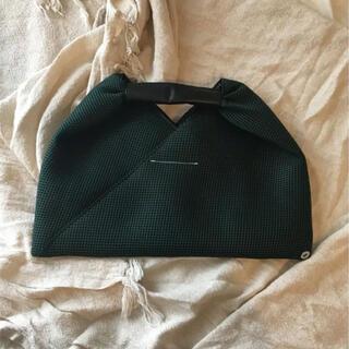 エムエムシックス(MM6)のMM6ジャパニーズトートバッグハンドバッグダークグリーン深緑トライアングルミニ(ハンドバッグ)