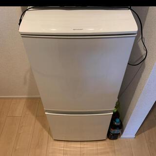 シャープ(SHARP)の大特価!!シャープノンフロン冷凍冷蔵庫SD-D14B-W2016年製取扱説明書付(冷蔵庫)