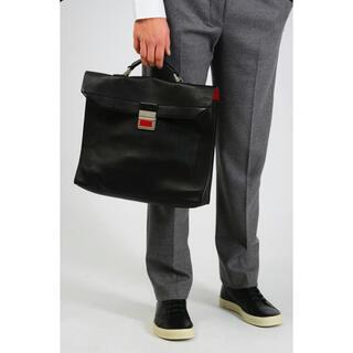マルタンマルジェラ(Maison Martin Margiela)の【メゾン マルジェラ】Leather Briefacase Black(ショルダーバッグ)